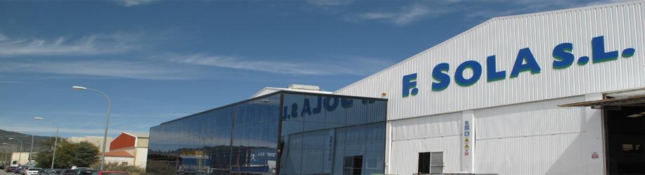 Imagen moderna de las instalaciones de F.Sola Glass Solutions